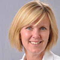 Speaker at Social Media Strategies Summit: Jennifer Janowski