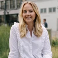 Social Media Strategies Summit, NYC Speaker: Kelsey Vanderlip